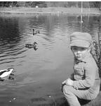Click image for larger version.  Name:David by a pond.jpg Views:142 Size:187.0 KB ID:10686